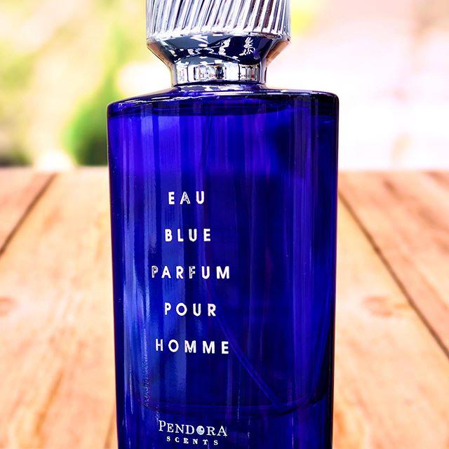 paris-corner-eau-blue-parfum