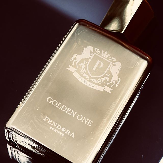 paris-corner-pendora-scents-golden-one