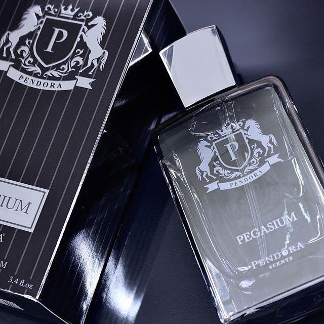 paris-corner-pendora-scents-pegasium